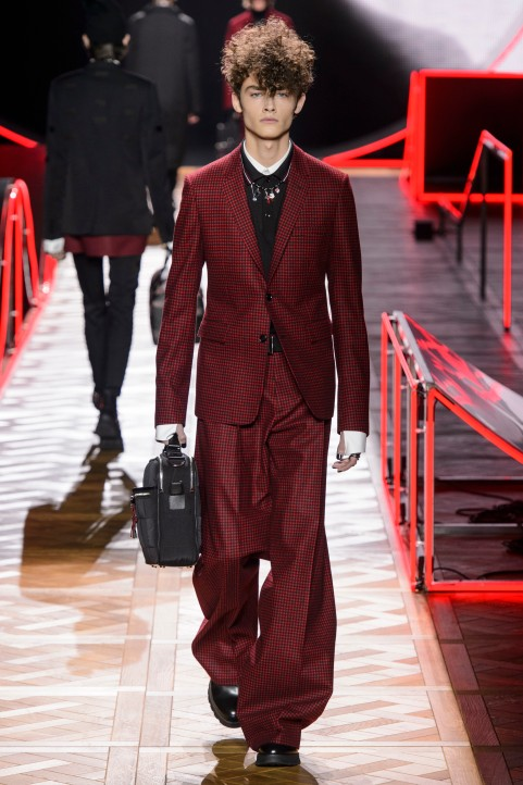 Dior_Homme_Hiver2016-17_look_17