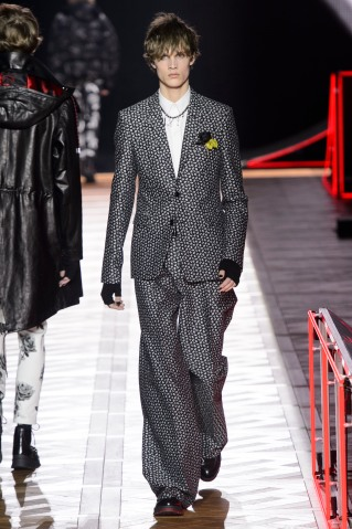 Dior_Homme_Hiver2016-17_look_49